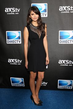 I am obsessed with this dress, way to go Nina Dobrev!