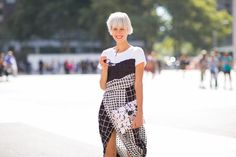 We're scouring the streets of New York for the hottest street style trends of Fashion Week. Click here to read about Linda Tol: http://www.motilo.com/article/what-to-wear-to-new-york-fashion-week/look/46715