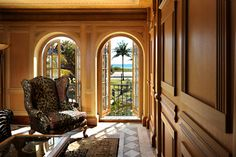 Take a peek inside Gianni Versace's former mansion in Miami Beach, Florida, which is in fact an opulent hotel known as the Villa Casa Casuarina. Gianni Versace, Casa Versace, Versace Hotel, Donatella Versace, Versace Mansion Miami, Versace Miami, Miami Beach, The Villa Casa Casuarina, Extravagant Homes