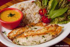 Nomangue - Peixe branco grelhado ao molho de lagostim acompanhado de arroz com castanha do Pará e Mix verde (jantar)