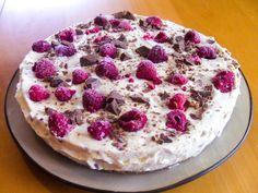 Spennende iskake med deilige smaker som bringebær og Kvikk Lunsj.