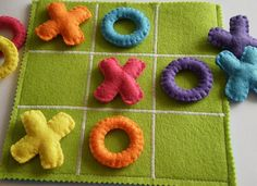 This felt TIC TAC TOE game set is the perfect gift for children! This colorful TIC TAC TOE game set is all handmade with wool felt, embriodery Fabric Crafts, Sewing Crafts, Sewing Projects, Craft Projects, Diy For Kids, Crafts For Kids, Arts And Crafts, Kids Birthday Presents, Birthday Kids