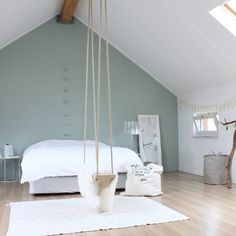 6 Neat Cool Ideas: Minimalist Home Tips Closet minimalist bedroom bohemian decorating ideas.Minimalist Bedroom Furniture Wardrobes colorful minimalist home lounges.Minimalist Home Organization People. Bedroom Loft, Home Bedroom, Bedroom Decor, Attic Bedrooms, Bedroom Wardrobe, Bedroom Green, Bedroom Ideas, Interior Design Minimalist, Minimalist Home
