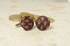 RED SILK CUFFLINKS MADE FROM AN UPCYCLED NECKTIE by SeaOfPossibilities