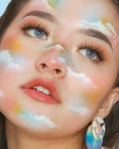30 Amazing creative makeup art try it now Makeup is a technique and it's an art, isn't it? Let's enjoy and learn these amazing creative makeup art… Crazy Makeup, Cute Makeup, Pretty Makeup, Daily Makeup, Makeup Goals, Makeup Inspo, Makeup Inspiration, Makeup Ideas, Makeup Tips
