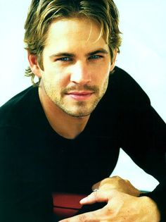Paul Walker - Yummy! I have loved him since I first saw him in She's all that, and it's not hard to see why.