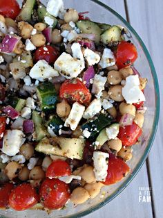 This Greek Garbanzo Bean Salad is fresh, filling, healthy and delicious!!