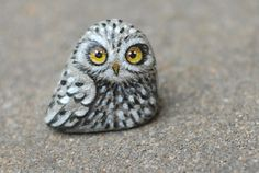 hand+painted+owl+from+natural+rock+only+one+by+Uniquestoneart,+$39.00