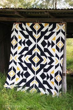"Inspiring ""Bravo Indigo"" quilt by Caroline Greco of Nightingale Quilts. Free pattern available here: http://www.michaelmillerfabrics.com/inspiration/freequiltpatterns/bravo-indigo-by-caroline-greco-81x61.html"