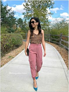 STITCH FIX REVIEW OCTOBER 2019. I loved styling my October Stitch Fix pieces in fall outfits. This box was full of the seasons trends, cute prints, and pretty fall styles. Click through to read the full review. #fallstyle #outfitinspiration #outfitideas Fall Styles, Stitch Fix Outfits, Tie Front Blouse, Knitted Tank Top, Super Skinny Jeans, Knit Dress, Fashion Online, Fall Outfits, Style Me