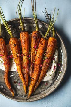 Moroccan Spiced Roasted Carrots with Labneh | Recipe by HonestlyYUM