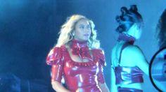 Beyoncé Crazy in Love  & Naughty Girl Live San Siro Milano 18 7 2016