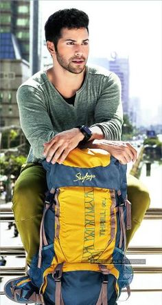Bollywood actor Varun Dhawan is the new brand ambassador of Skybags, the stylish luggage and backpacks brand. Bollywood Stars, Bollywood News, Bollywood Fashion, Indian Boy, Indian Star, Indian Celebrities, Bollywood Celebrities, Alia And Varun, Fashion Models