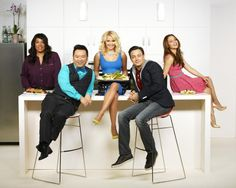 You're invited! Live tweet with the Young & Hungry cast during tonight's Series Premiere at 8/7c on ABC Family! Just include #YoungandHungrychat with your tweets! - https://twitter.com/EmilyOsment - https://twitter.com/sadowski23 - https://twitter.com/kymwhitley - https://twitter.com/RexLee_