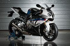 BMW Motorrad convoca clientes dos modelos: S 1000 RR, K 1300 S e K 1300 R para recall.