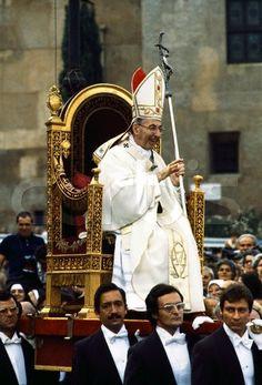 """Messori desmonta el mito de la """"silla gestatoria"""" de los Papas"""