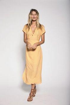 Alex Dress Peach – ROWIE The Label