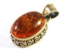Silver pendant with amber (Stříbrný přívěšek s jantarem) #ring #silver #amber https://autorskesperky.com/en/pendant/51-silver-pendant-with-amber.html