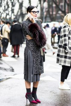 A chic way to wear silky socks/stockings and pumps