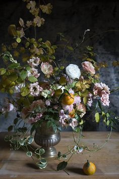 Monthly journal with updates from the Flower Studio and Farm, along with our Garden Series on special places gardens we have visited around the world. Cut Flowers, Fresh Flowers, Silk Flowers, Flowers Garden, Colorful Flowers, Beautiful Flower Arrangements, Floral Arrangements, Beautiful Flowers, Ikebana