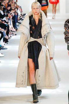 Maison Margiela Fall 2016 Couture Fashion Show