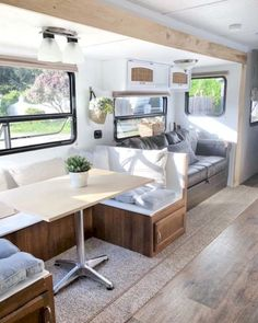 An RV camper interior renovation ideas is a superb way of traveling comfortably. It's now prepared for the client to enjoy camping at the VW indicates he is planning to attend! RV Camping is an immense family experience. Rv Campers, Happy Campers, Camper Van, Camper Life, Travel Trailer Remodel, Diy Rv, Camper Makeover, Camper Interior, Trailer Interior