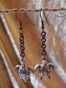 boucle d'oreille tortue de mer http://veroniquechampfay.wix.com/larouedesfay