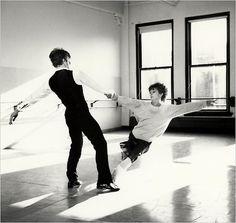 randombeautysls: misha and twyla tharp rehearsing 'sinatra'.