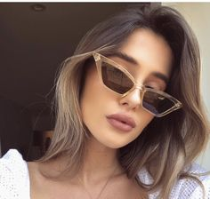 New arrival small Frame cat's eye sunglasses Women 2018 Square Vintage clear pink red brand design Retro Cheaper Eyewear Round Lens Sunglasses, Flat Top Sunglasses, Trending Sunglasses, Cute Sunglasses, Cat Eye Sunglasses, Sunglasses Women, Spring Sunglasses, Heart Sunglasses, Vintage Sunglasses