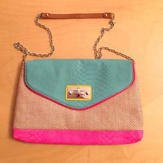 APT 9 Bag This is a colorful bag with a mixed of turquoise, hot pink, brown, & yellow. Perfect for the summer. Beach vibes or everyday ATP 9 Bags Shoulder Bags
