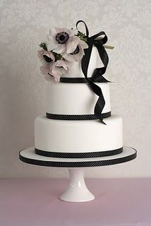 Peggy Porschen Cakes has a selection of Birthday cakes and cupcakes. Black And White Wedding Cake, White Wedding Cakes, Beautiful Wedding Cakes, Beautiful Cakes, Black White, Gorgeous Gorgeous, Ribbon Wedding, Beautiful Bouquets, Simply Beautiful