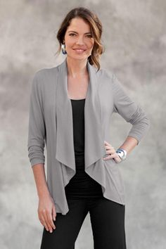 Drapey Cardigan. Great for apple body shape;I like this style if it is not too long;#40 plus Style Accessories Course.
