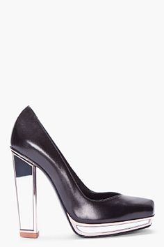 YSL black mirror-heel pump.