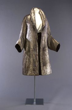 Synthetic and silk silver colored ladies jacket, 1931 Paris, Fashion Museum at Bath, http://www.museumofcostume.co.uk/collections/collection_search/DressDetails.aspx?objectID=batmc_i_06_98