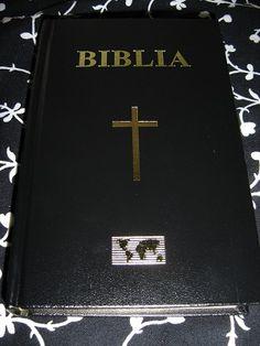Biblia / Romanian Bible / Biblia Sau Sfanta Scriptura A Vechiului Si Noului Testament Cu Trimiteri si note itroductive/ Mid Size Black Hardcover Bible, Golden Edges R3