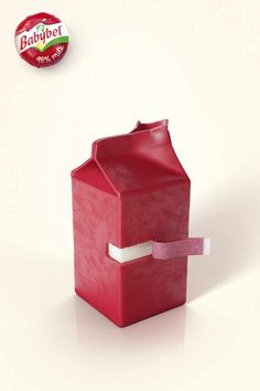 "Mini Babybel: Carton ""98% Milk. Advertising Agency: YR Paris, Boulogne-Billancourt, France Creative Director: Pierrette Diaz Art Directors: Gilles Menet, Matthieu Vivinis Copywriter: Gilles Menet Strategic planning: Anne-Charlotte Cahne Art Buyer: Claire Nicaise Schindler Illustrator 3D: Antoine Magnien / Watchout Print production: The Shop"