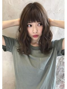 Best hairstyle for big forehead men beehives hairstyle,chin length hairstyles layered hairstyles with bangs,medium length bob hairstyles haircuts with side bangs and layers for medium hair. Medium Hair Styles, Curly Hair Styles, Q Hair, Shot Hair Styles, Hair Arrange, Permed Hairstyles, Shoulder Length Hair, Long Hair Cuts, Hair Pictures