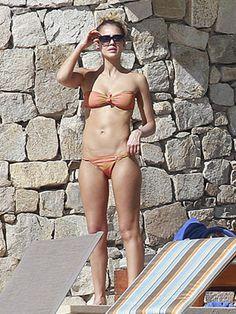 Celebrity Bikini Bodies - Jessica Alba