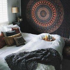 Ideas for bedroom boho diy decor fairy lights dorm room Bohemian Bedrooms, Girl Bedrooms, Bedroom Inspo, Bedroom Decor, Bedroom Ideas, Bedroom Designs, Fall Bedroom, Budget Bedroom, Bedroom Images