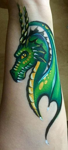 I Think This Is My Favourite Dragon Yet … – Hobbies paining body for kids and adult Monster Face Painting, Dragon Face Painting, Face Painting For Boys, Face Painting Tutorials, Face Painting Designs, Paint Designs, Cool Face Paint, Face Paint Makeup, Animal Face Paintings