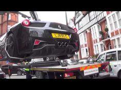 Ferrari 458 ITALIA Gets Towed in London - YouTube