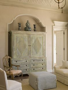 James Michael Howard - beautiful niche details in Master Bedroom Painted Furniture, Furniture Design, Painted Armoire, Wooden Cupboard, French Country House, Country Living, French Farmhouse, Swedish Interiors, Swedish Style
