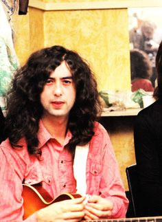 Jimmy Page, backstage at the Lyceum. London, 1969.