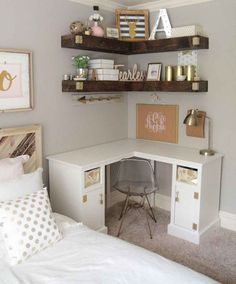 Incredible First Apartment Decoration Ideas On A Budget 29 Home Design, Design Ideas, Wall Design, Apartment Decorating On A Budget, Diy Casa, Awesome Bedrooms, Small Rooms, Small Apartments, Bedroom Storage Ideas For Small Spaces