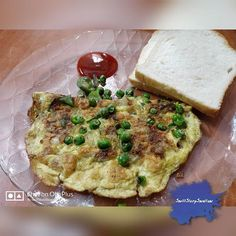 Vegetable omlette with wheat bread.  Go and savour egg lovers. DM for recipe.  Use our hashtag #swillslurpswallow to get featured on our story   Tag us on your pics using @swillslurpswallow to get featured on the page  DM for collaborations  Email us for recipes - swillslurpswallow@gmail.com  Follow us for more mouthwatering dishes.. On Facebook:  http://ift.tt/2vVuJDo {Clickable link in bio}   On Instagram:  http://ift.tt/2uKVFaz  On WhatsApp: 8770517362     #swillslurpswallow…