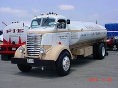 Trucking: '41~GMC`COE`Gas~Truck| Denver Colo...