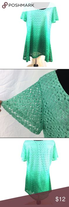 """Green Ombré Lace Short Sleeve Top NY Collection XL 44"""" Bust, 30"""" Length. Beautiful green ombre - mint deepens into emerald green NY Collection Tops Tunics"""