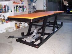 Motorcycle bench plans Page 3 DIY Motorcycle Lift The Garage Plans I also use it a lot as an extra workbench Tags bench Hydraulic Woodworking Business Ideas, Woodworking Projects Diy, Welding Projects, Woodworking Shop, Woodworking Plans, Diy Projects, Motorcycle Lift Table, Bike Lift, Motorcycle Garage
