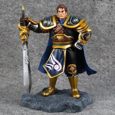 55.00$  Buy here - http://aliagr.worldwells.pw/go.php?t=32482425964 - Cosplay LOL The Might of Demacia Garen 21cm/8.3'' PVC Action Figures Model Garage Kit Toys