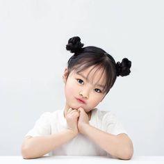 Cute Korean baby Kwon Juli i Cute Asian Babies, Korean Babies, Asian Kids, Cute Baby Meme, Cute Baby Videos, Cute Toddlers, Cute Kids, Cute Lockscreens, Cute Babies Photography